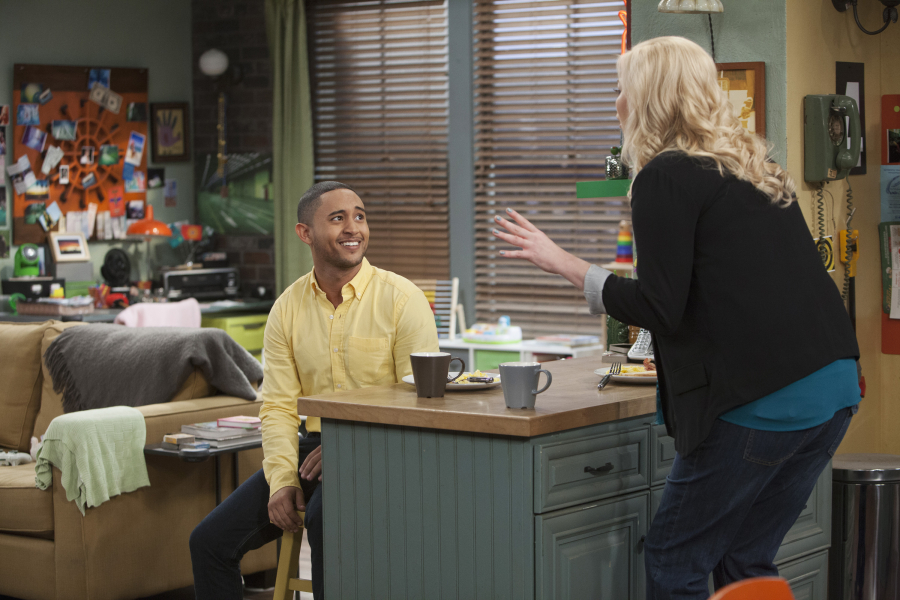 Tahj Mowry and Melissa Peterman