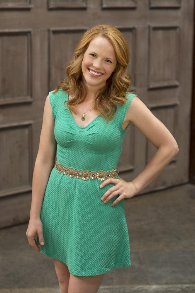 Katie Leclerc in Switche at Birth