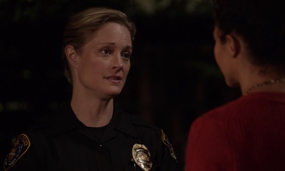 Stef Foster in The Fosters 1x01