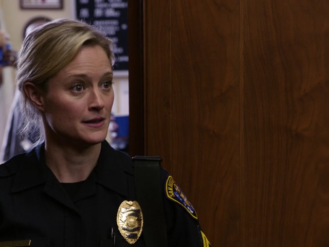 Stef in The Fosters 1x01