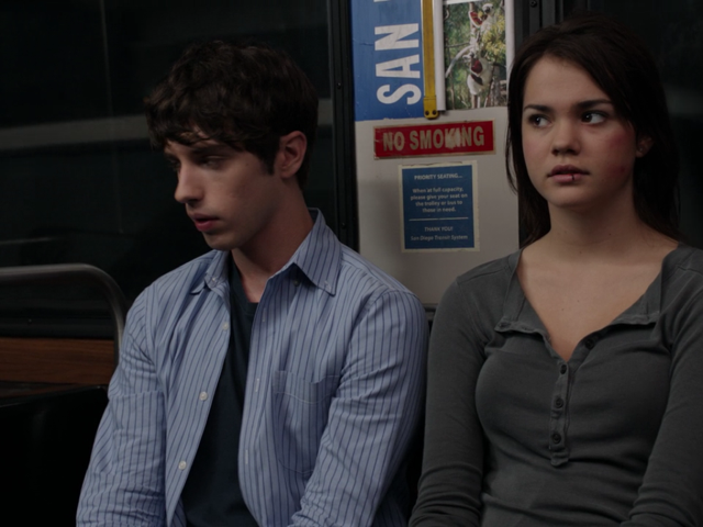 Brandon and Callie on the bus in The Fosters 1x01