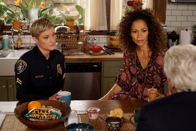 Sherri Saum, Teri Polo, Bruce Davison in The Fosters 4x06