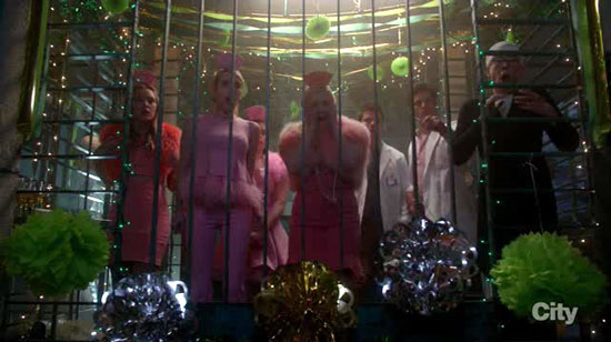 The bomb in Scream Queens 2x10