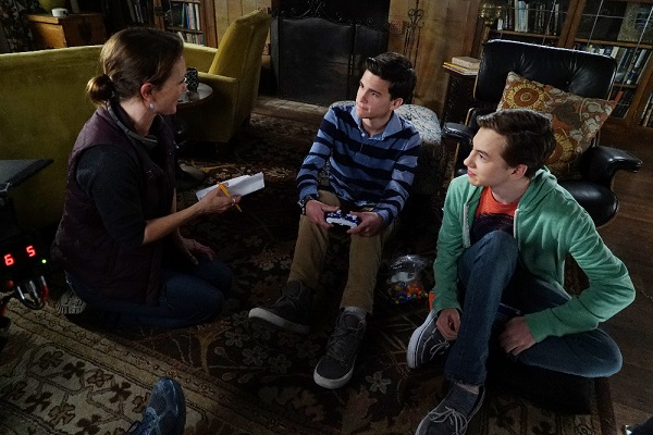 Kalama Epstein and Hayden Byerly in The Fosters 4A