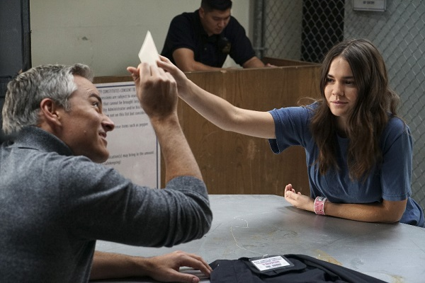 Callie and Robert in The Fosters 4x13