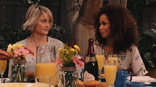 Stef and Lena in The Fosters 5x15