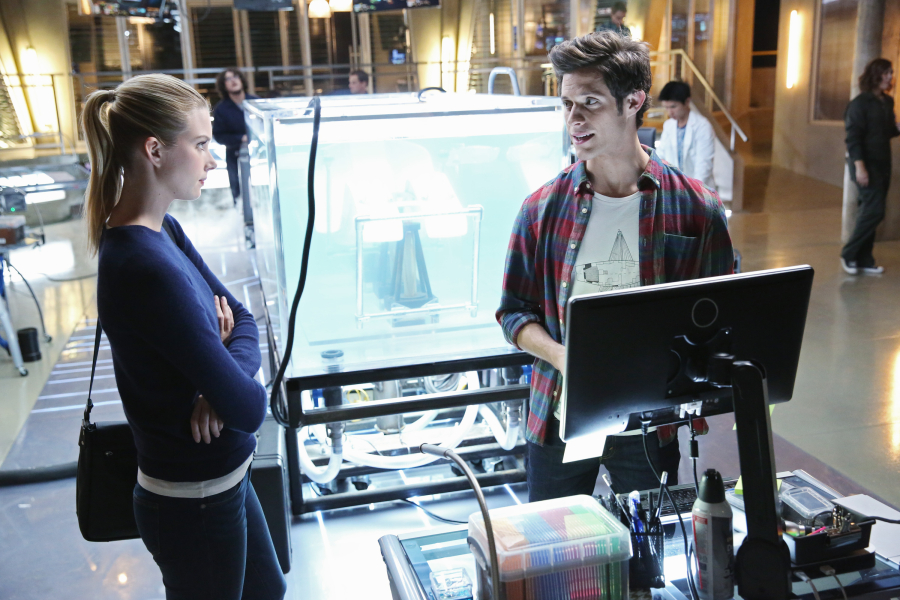 Emma Ishta and Kyle Harris in Stitchers