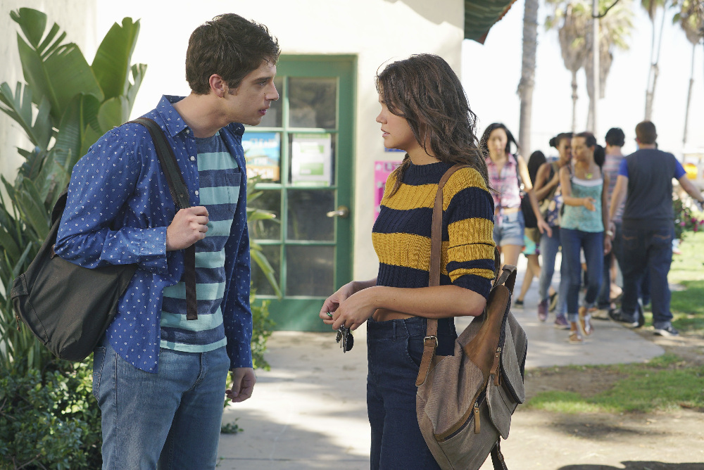 Brandon and Callie in The Fosters 3x12