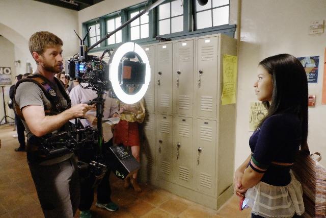 Cierra Ramirez behind the scenes of The Fosters 4x01