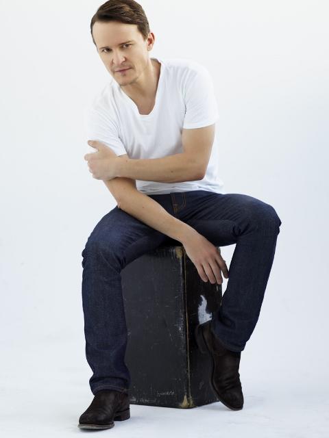 Actor Damon Herriman poses