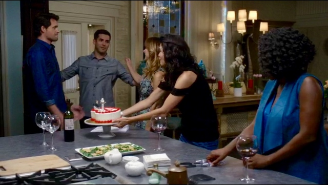 Maura celebrates her divorce in Rizzoli & Isles 7x10