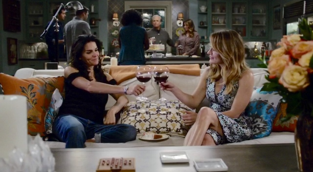 Maura and Jane toast in Rizzoli & Isles 7x10