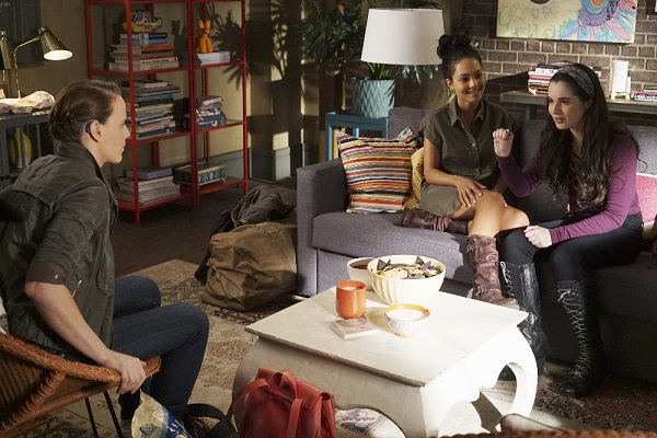 Daphne, Bay and Ally in Switched at Birth 5x07