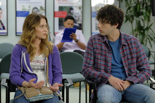 Emma and Brandon in The Fosters 4x15