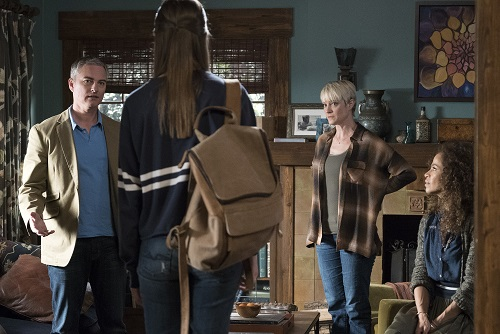 Robert, Callie, Stef, Lena in The Fosters 5x02