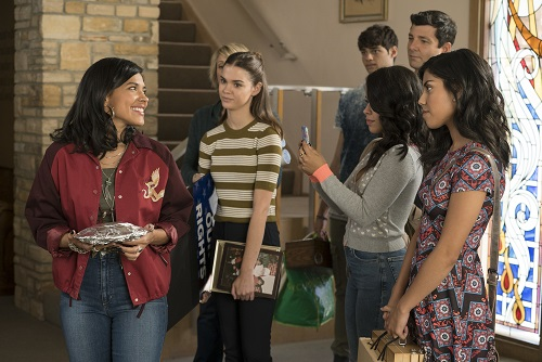 Ximena leaves church in The Fosters 5x13