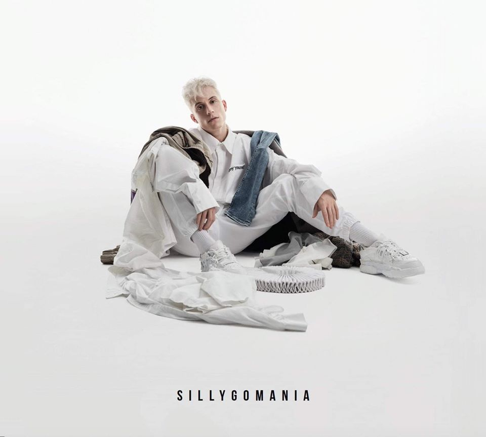 Loïc Nottet album cover for Sillygomania