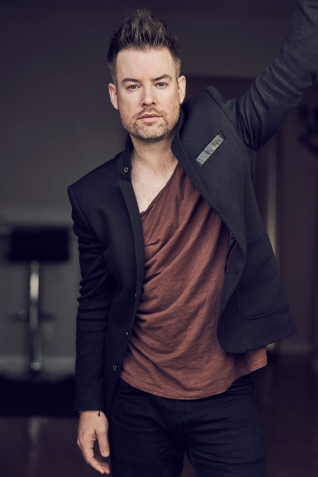 David Cook The Looking Glass